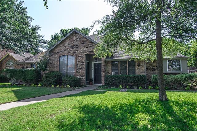 Photo of 8106 Portsmouth Drive  Rowlett  TX
