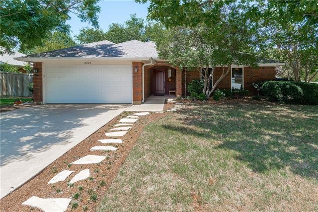 Photo of 3213 Brookview Drive  Corinth  TX