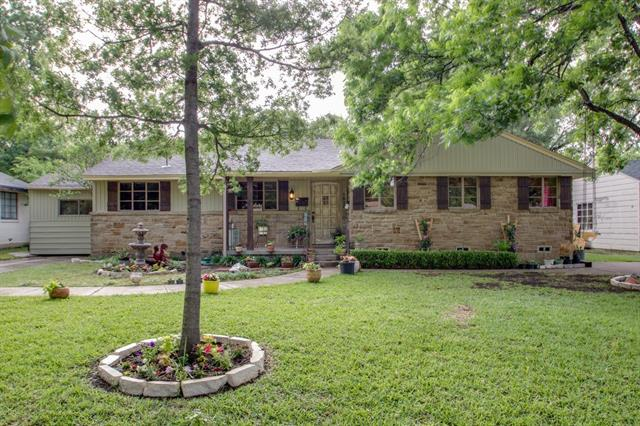 Photo of 1825 Martel Avenue  Fort Worth  TX
