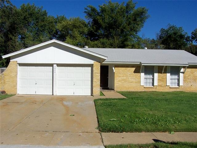Photo of 7609 Acapulco Road  Fort Worth  TX