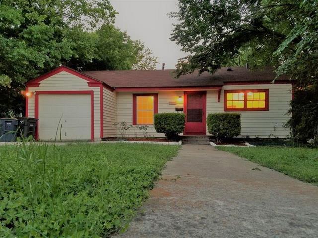Photo of 7417 Gaston Avenue  Fort Worth  TX