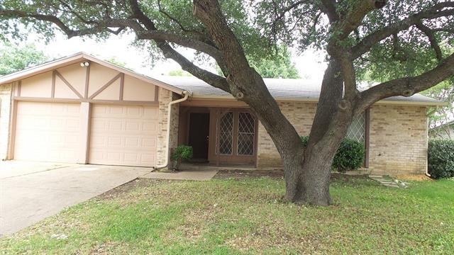 Photo of 1015 Dawnview Street  Arlington  TX