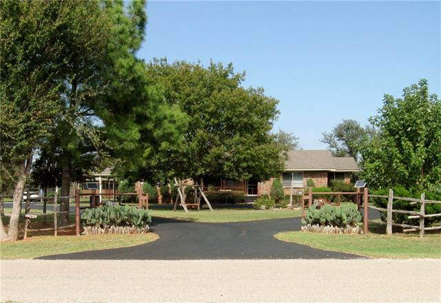Photo of 1155 Big Valley Circle  Lipan  TX