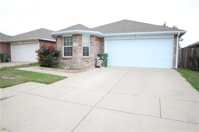 Photo of 3019 Casa Bella Drive  Arlington  TX