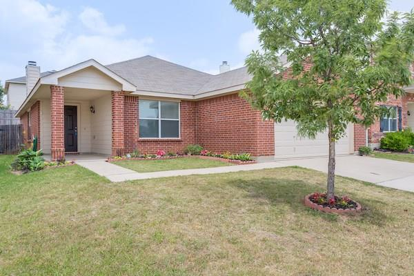 Photo of 2109 Laughlin Road  Fort Worth  TX