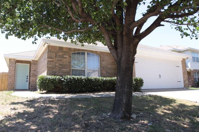 Photo of 117 Centennial Place  Crowley  TX