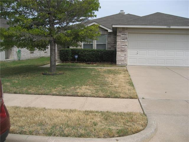 Photo of 5708 Ainsdale Drive  Fort Worth  TX
