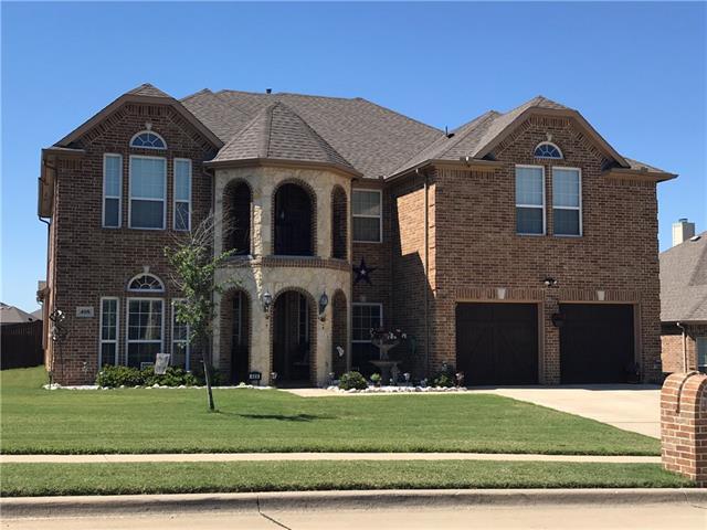 Photo of 408 Lone Oak Court  Kennedale  TX