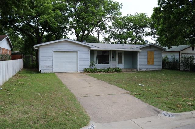 Photo of 5537 Kaltenbrun Road  Fort Worth  TX