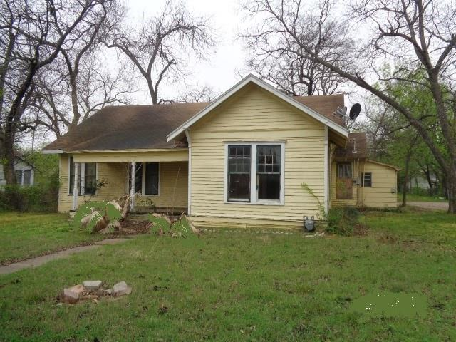 Photo of 809 N Dixon Street  Gainesville  TX