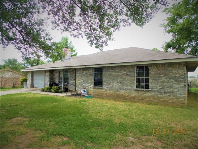 Photo of 620 Moore  Blossom  TX