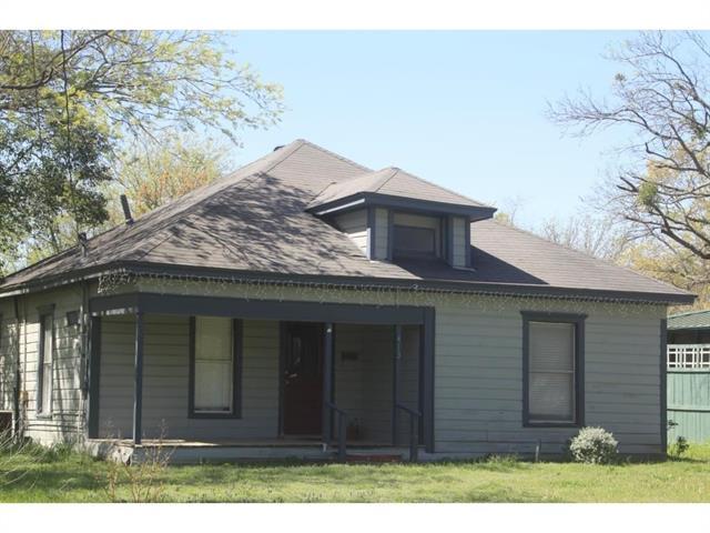 Photo of 413 Williams Street  Waxahachie  TX