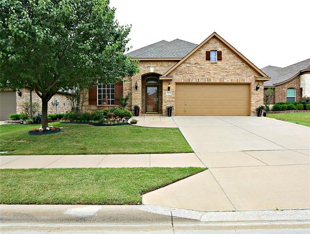 Photo of 5504 Old Orchard Drive  Fort Worth  TX