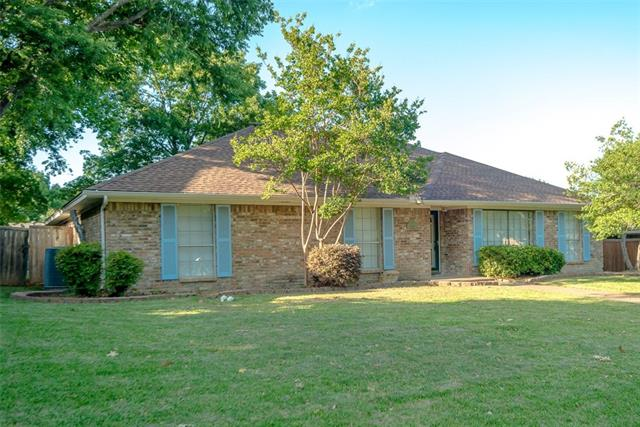 Photo of 216 Wildwood Place  Allen  TX