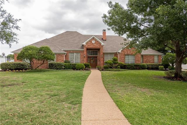 Single Story property for sale at 4916 Heritage Circle, Sachse Texas 75048