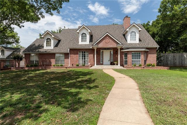 Photo of 1414 Chimney Works Drive  Southlake  TX