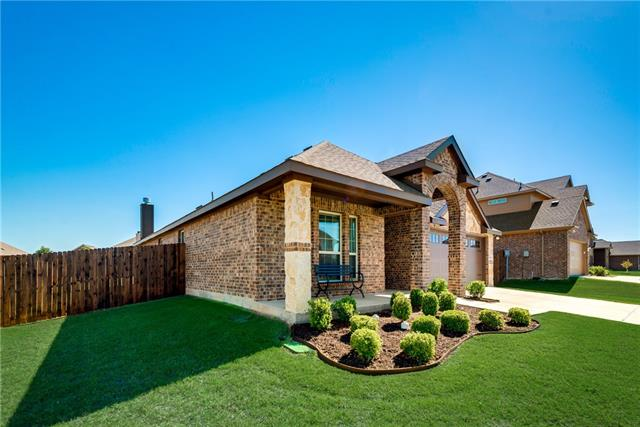 Single Story property for sale at 2103 Trinity Lane, Wylie Texas 75098
