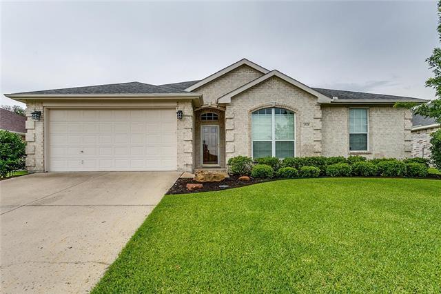 Photo of 1528 Vernon Castle Avenue  Benbrook  TX