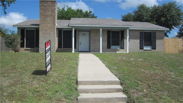 Photo of 1129 Oakbluff Drive  Lancaster  TX
