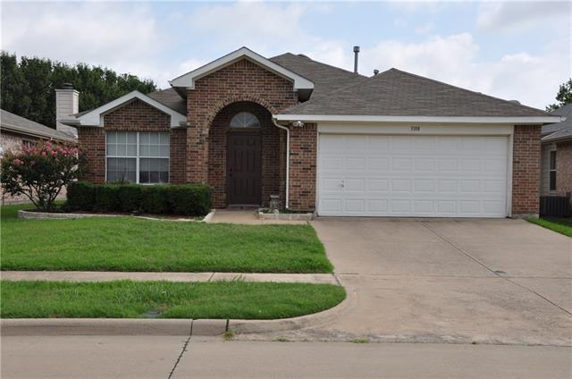 Photo of 3108 Creekwood Drive  Wylie  TX