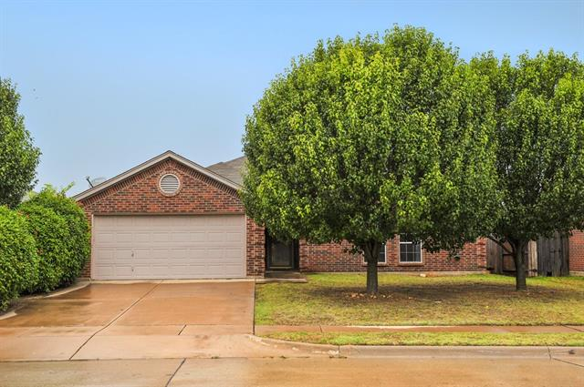 Photo of 941 La Sierra Drive  Crowley  TX