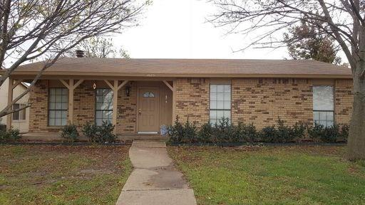 Photo of 5625 Squires Drive  The Colony  TX