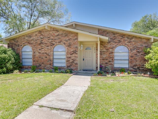 Photo of 8814 Vernon Drive  Rowlett  TX