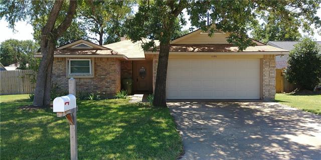 Photo of 1101 Cardinal Oaks Drive  Mansfield  TX
