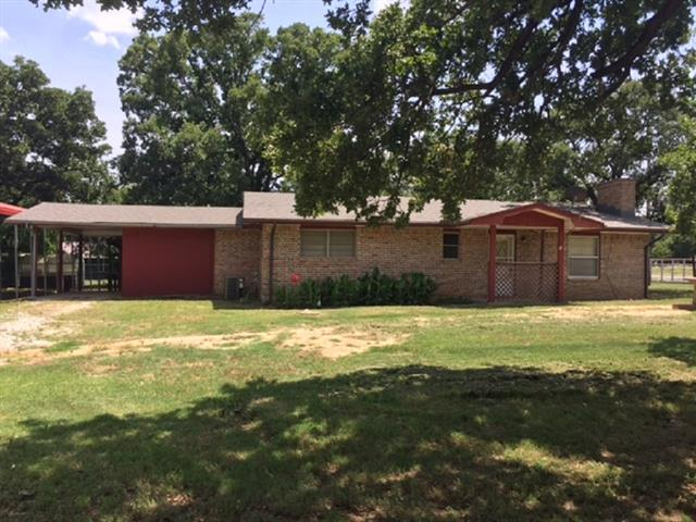 Photo of 261 Walnut Road  Nocona  TX