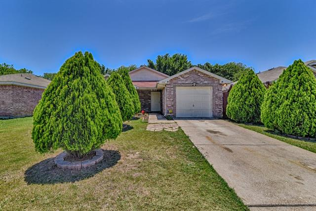 Photo of 3116 Ronay Drive  Forest Hill  TX