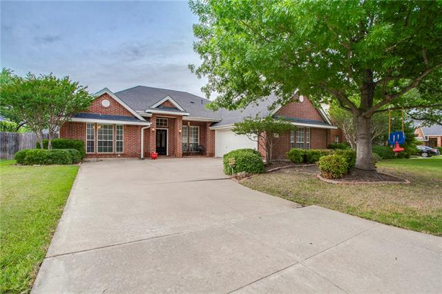 Photo of 6712 Canyon Crest Drive  Fort Worth  TX