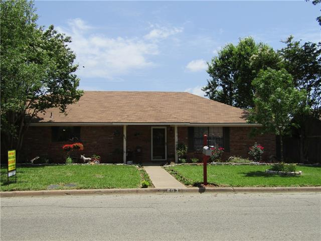 Photo of 603 Mockingbird Street  Bonham  TX