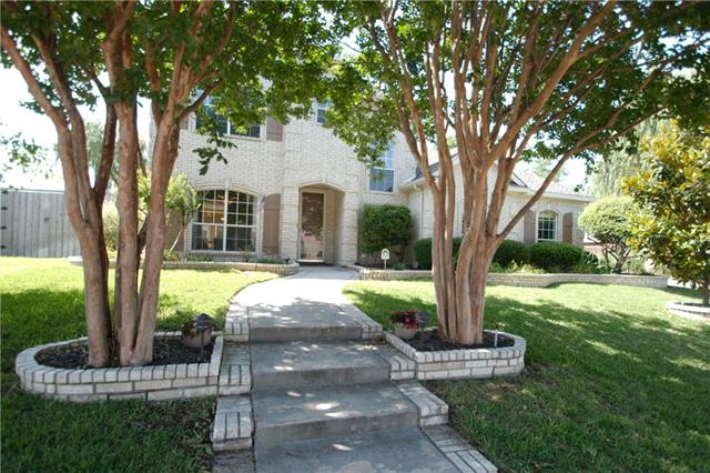 Photo of 618 Candlewood Trail  Murphy  TX