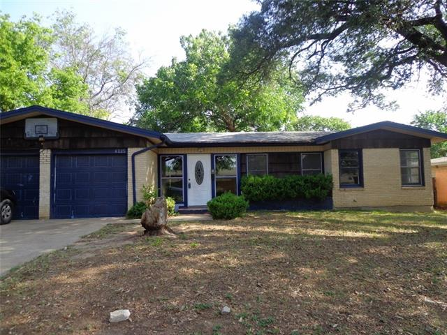 Photo of 6225 Kentwood Place  Fort Worth  TX