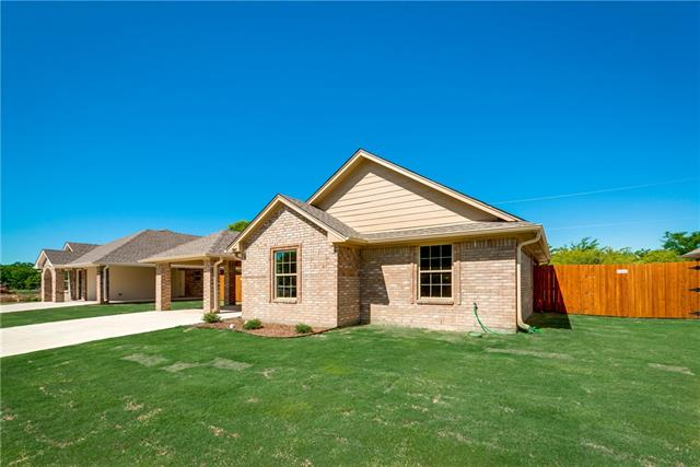 Photo of 3007 Cardinal Drive  Ennis  TX