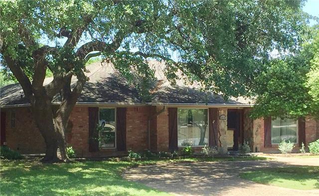 Photo of 6917 Meadow Road  Dallas  TX