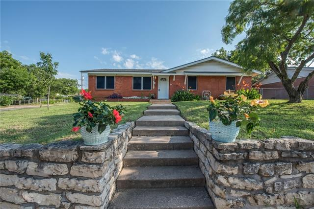 Photo of 601 E 5th Street  Weatherford  TX