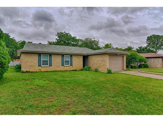 Photo of 3705 Arnold Drive  Fort Worth  TX
