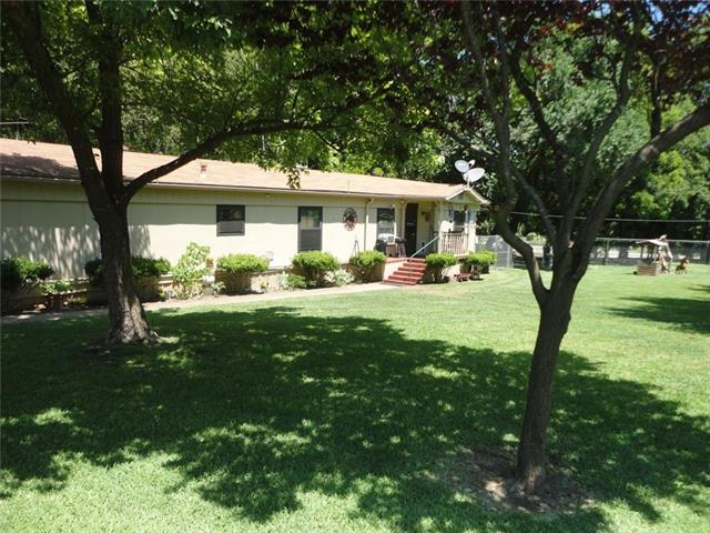 Photo of 33 Blue Creek Circle  Sherman  TX