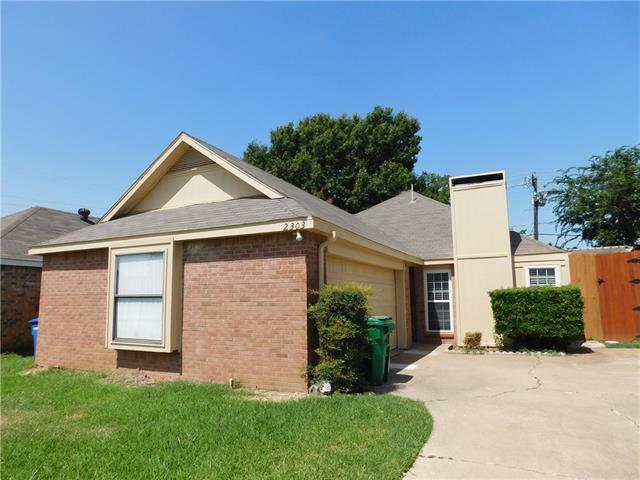 Photo of 2303 Smoky Hill Road  Carrollton  TX