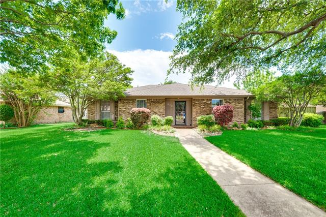 Photo of 912 High Meadow Drive  Allen  TX