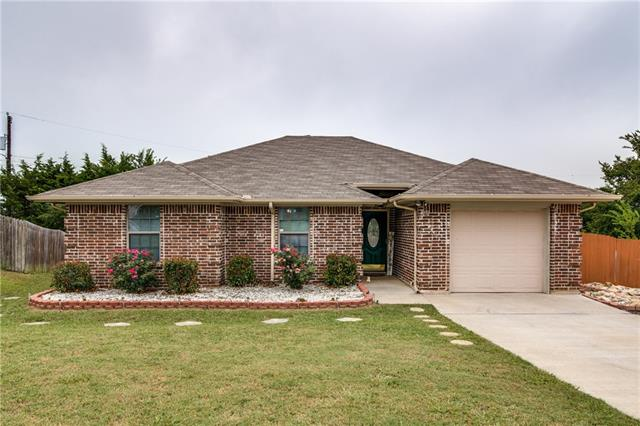 Photo of 1272 McKinney Circle  Van Alstyne  TX