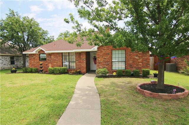 Photo of 412 Kamber Lane  Wylie  TX
