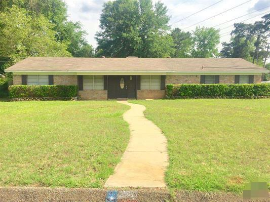 Photo of 2215 Pinecrest Drive  Gladewater  TX