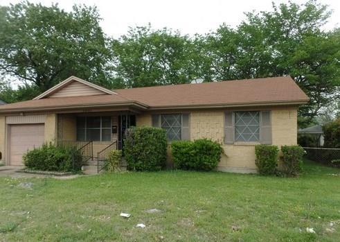 Photo of 2801 W Walnut Street  Garland  TX