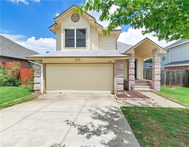 Photo of 7412 Ashcroft Circle  Fort Worth  TX