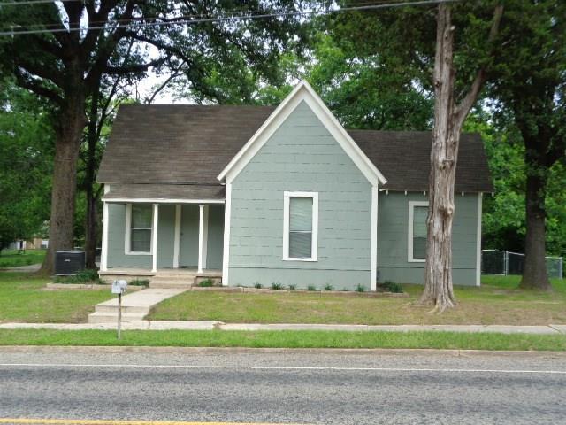 Photo of 904 N Main Street  Winnsboro  TX