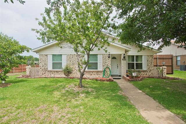 Photo of 1721 Delaford Drive  Carrollton  TX