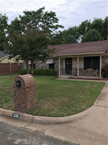 Photo of 326 Cherry Street  Weatherford  TX