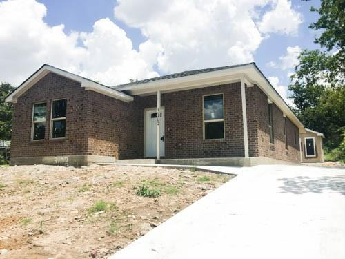 Photo of 3102 Lee Avenue  Fort Worth  TX